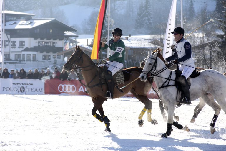 Weltgrößtes Poloturnier im Schnee in Kitzbühel